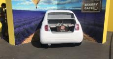 Пенопластовый кузов автомобиля для рекламы Lays
